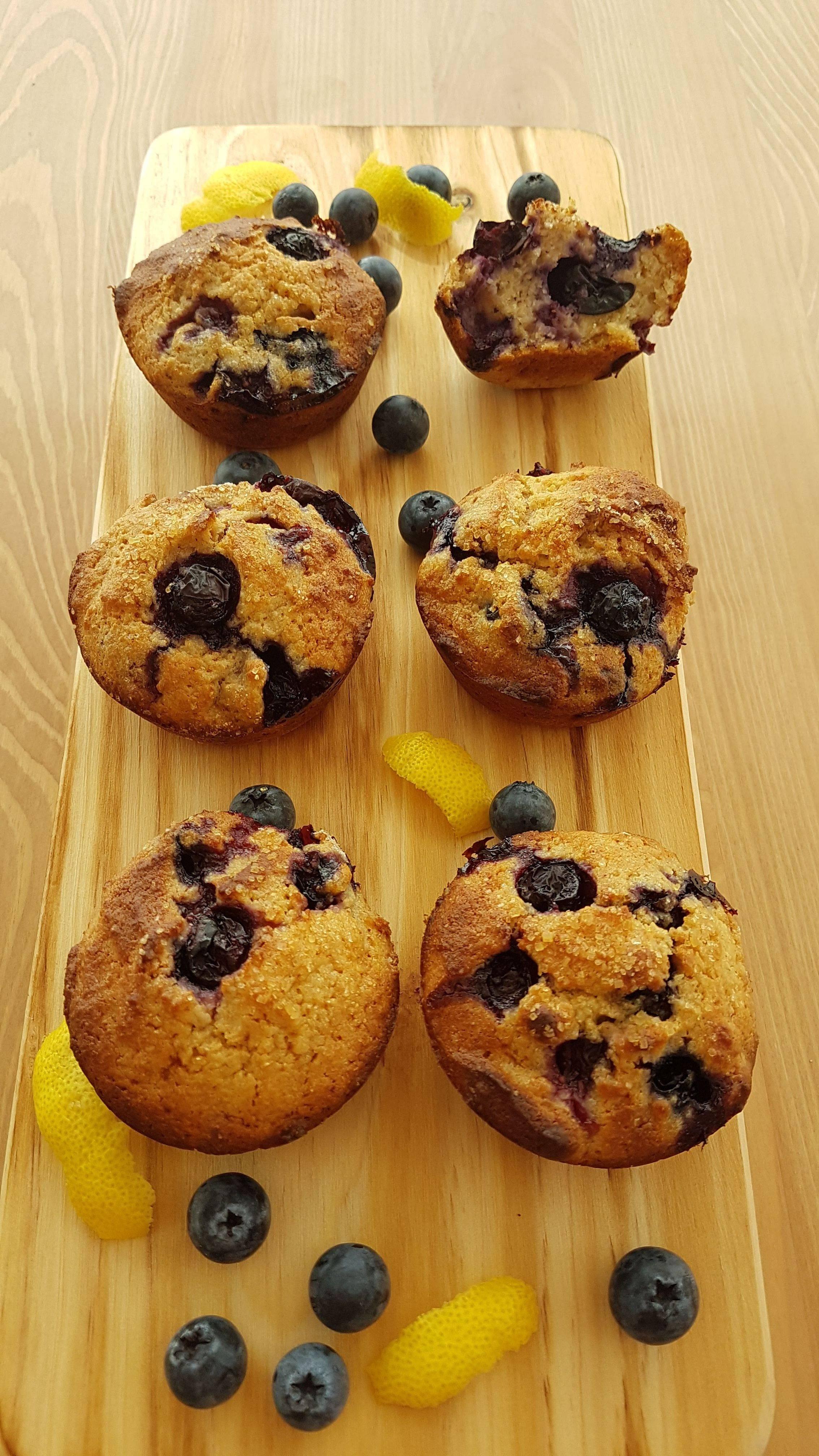Muffins saudáveis de mirtilo e limão